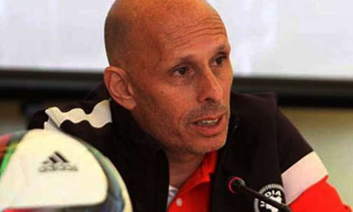indian football lacks sports scientists stephen constantine