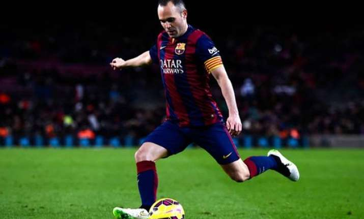 barcelona elect andres iniesta as captain