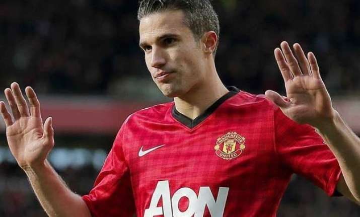 van persie unsure of new man united deal