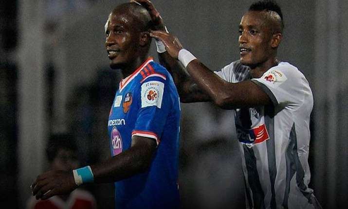 isl aiff suspends atletico de kolkata coach and two players