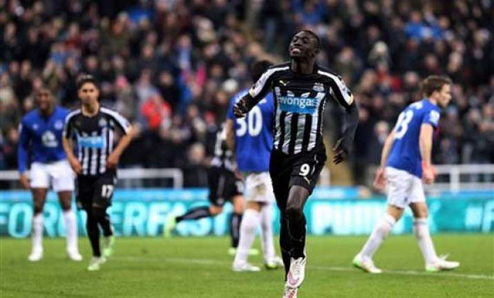 newcastle ends 4 match losing run with everton win