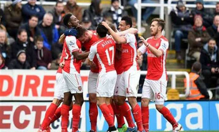 arsenal beats newcastle 2 1 in premier league