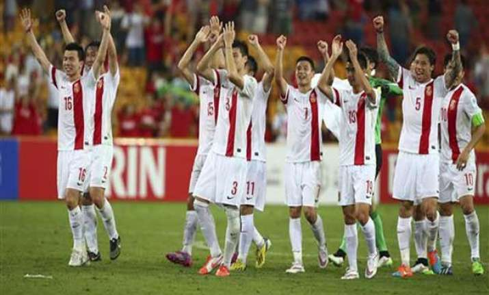 china beat north korea to enter asian cup quarters