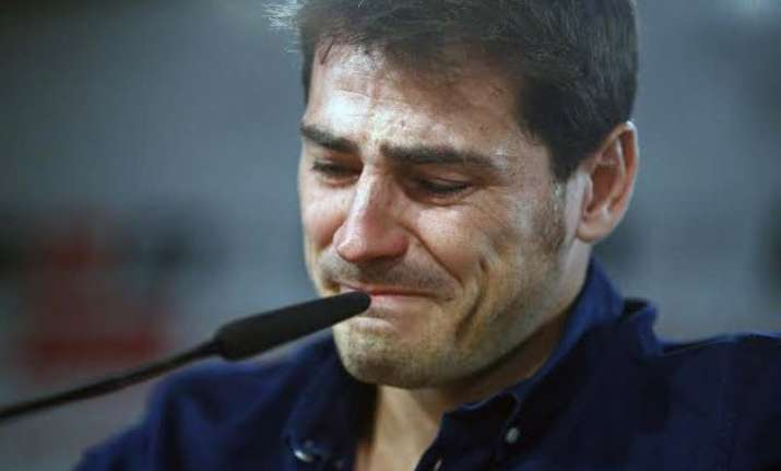iker casillas puts emotional end to 25 years with real