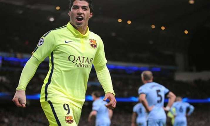 suarez leads barcelona to win bueno scores 4 for rayo
