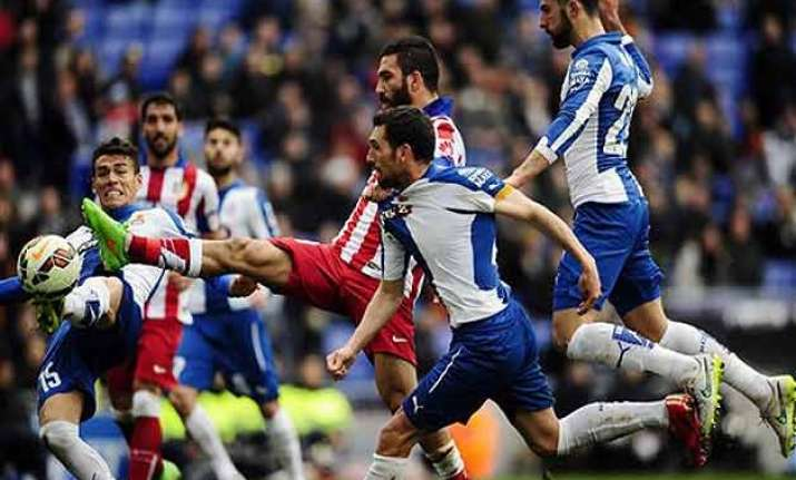 la liga atletico madrid s title defense hit by 0 0 draw at