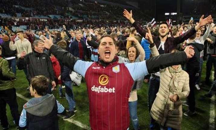 fan trouble mars villa win in fa cup quarterfinals