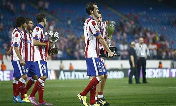 liga bbva atletico madrid hangs on to beat promoted eibar 2