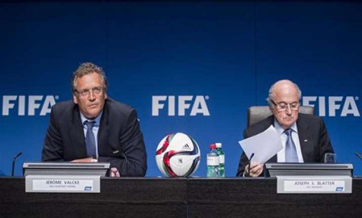 fifa kicks off 2026 world cup bidding 2022 start left open