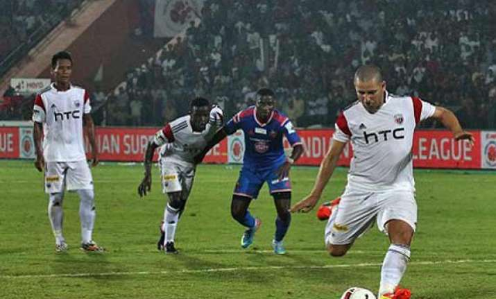 isl northeast united hold fc goa 1 1