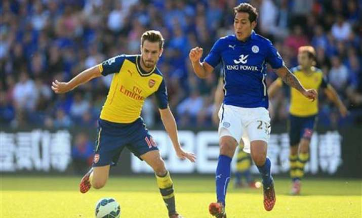 arsenal held 1 1 by newcomer leicester in epl