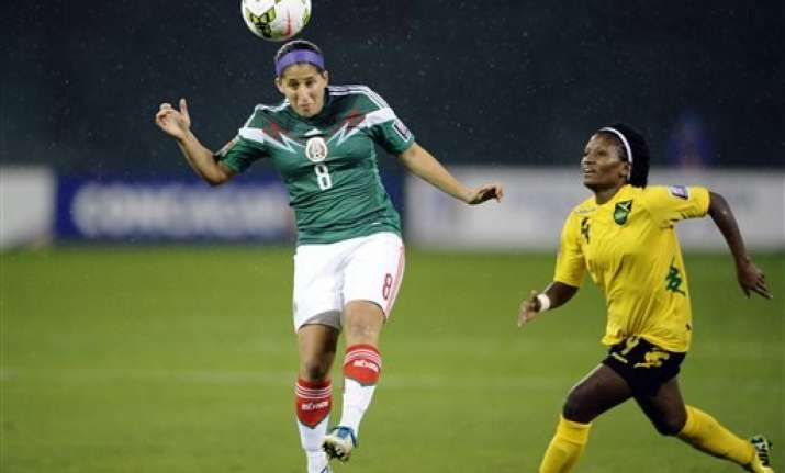 mexico tops jamaica to face us in wcup qualifying