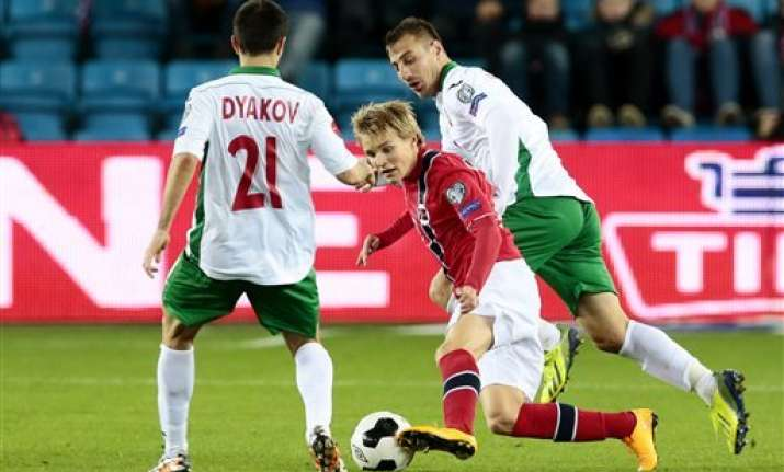 norway s odegaard sets euro qualifier age record