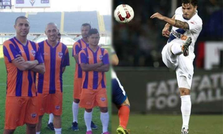 isl mumbai pune look for first win in maha derby clash