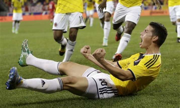 rodriguez scores in 75th as colombia beats canada