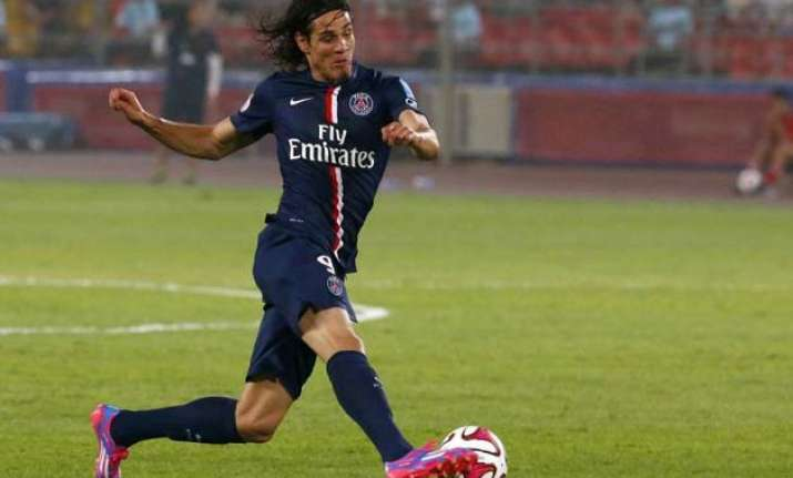 psg moves 3 points clear of lyon after beating metz 3 1