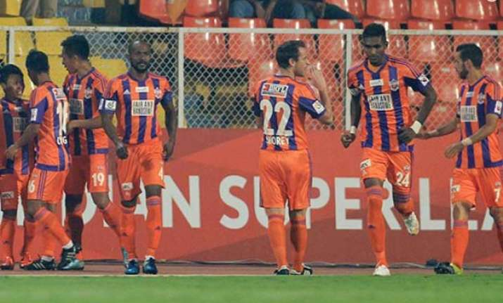 isl 2015 fc pune beat defending champion atletico de