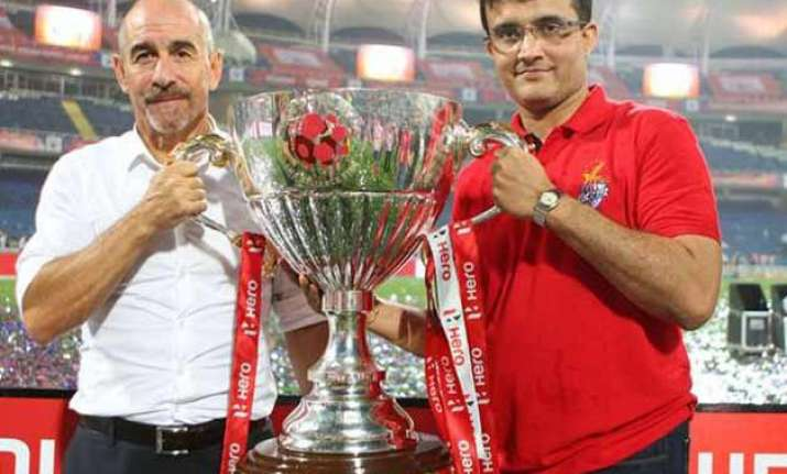 isl 2015 atletico de kolkata retain coach retain habas sign