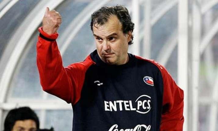 chile soccer coach bielsa renews his contract