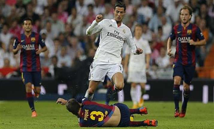 ronaldo leads real madrid s 3 1 comeback over barcelona