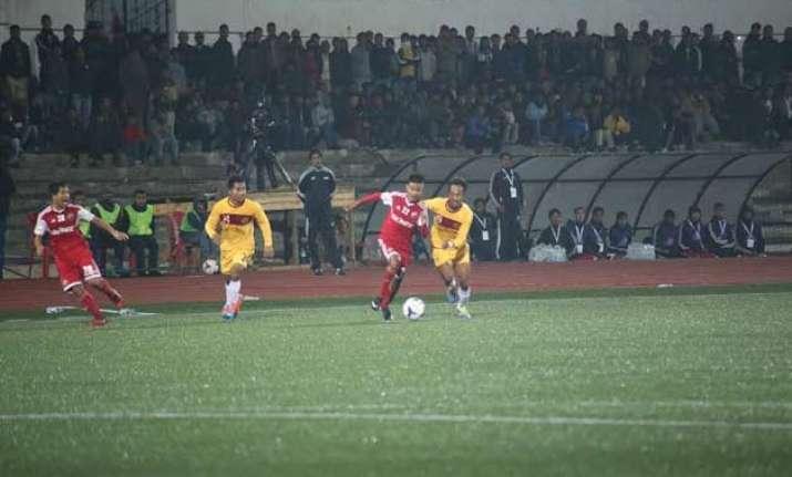 i league wahingdoh put it across shillong lajong 2 1