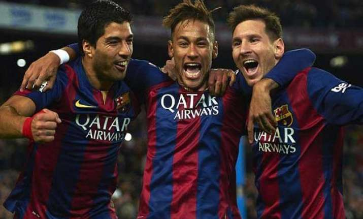 barcelona unstoppable when striking trio combine well coach