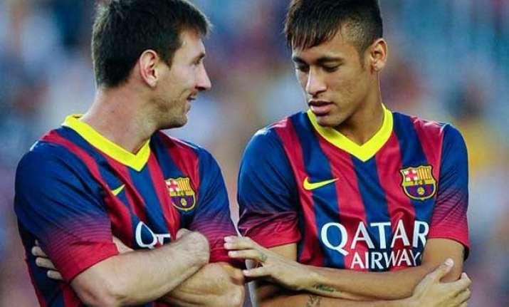 neymar attributes good form to friend messi