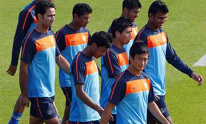 india pakistan to play soccer series in england