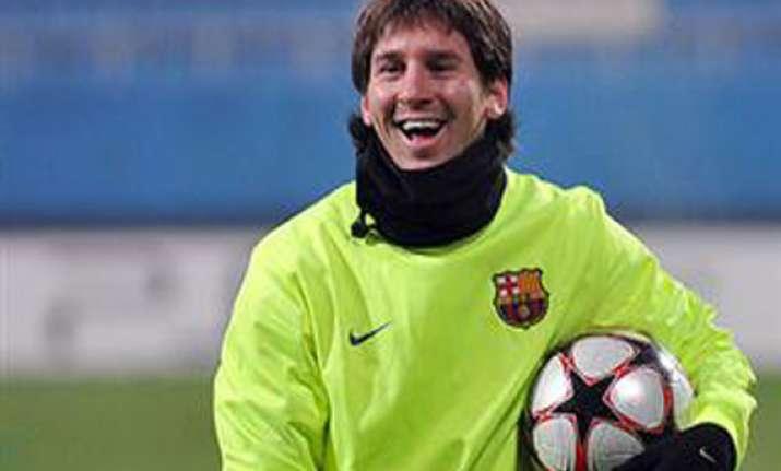 injured messi misses spanish league game