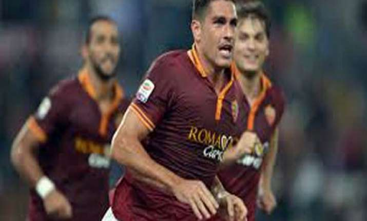 italian cup roma beats napoli 3 2 semi 1st leg