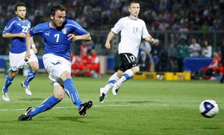 italy beats estonia 3 0 in euro qualifier