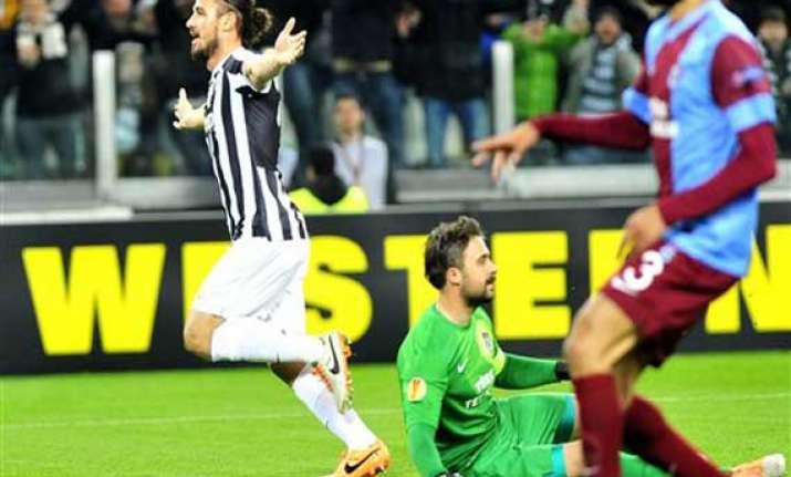 juventus beats fiorentina 1 0 for 14 point lead