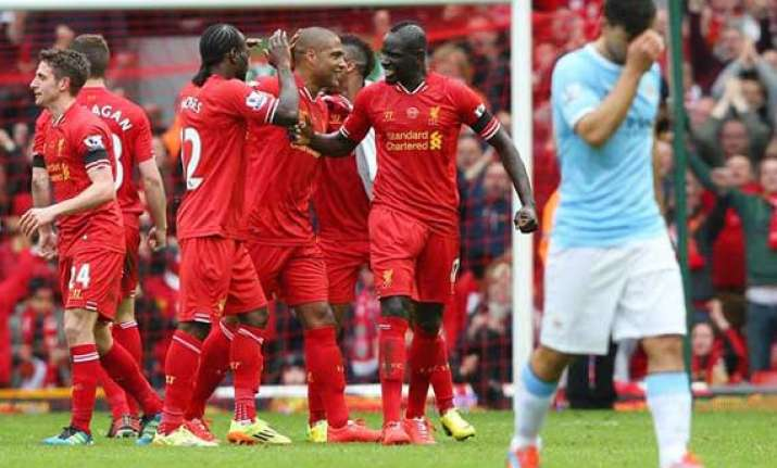 liverpool closes in on premier league title