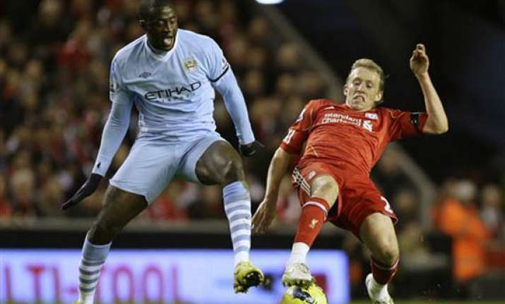liverpool holds man city to 1 1 draw