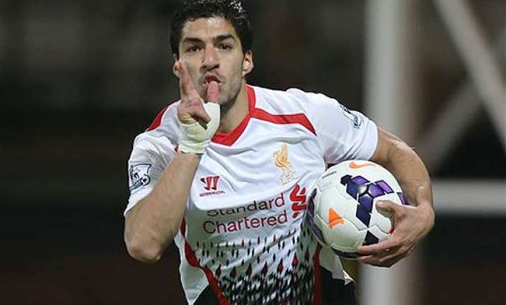 luis suarez completes player of the year double