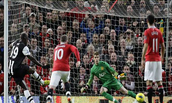 man united held to 1 1 draw by newcastle at home
