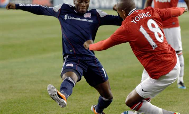 manchester united tops revolution 4 1 in friendly