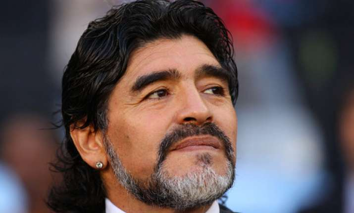 maradona wants to meet with italian tax officials
