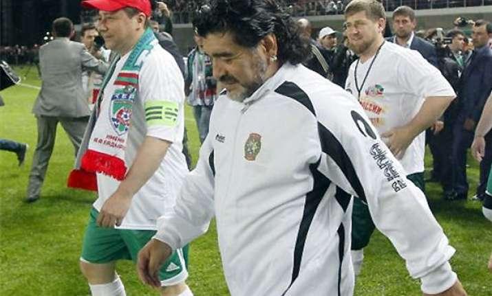 maradona wins 1st game as al wasl coach