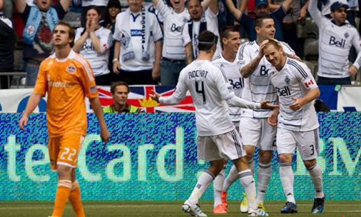 mattocks leads whitecaps past dynamo 3 1