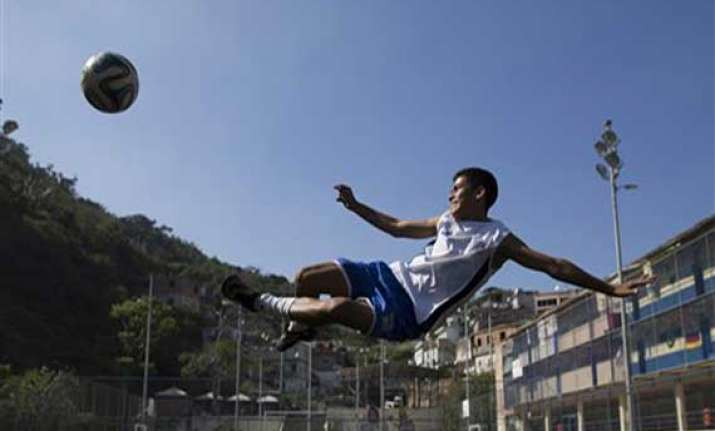 meet andre rodrigues who recreated iconic goal of pele