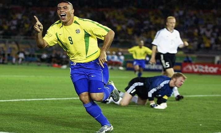 meet brazil s legendary holders of jersey number 9