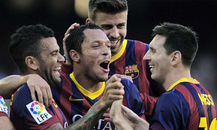 messi scores a brace as barcelona hammer levante 7 0