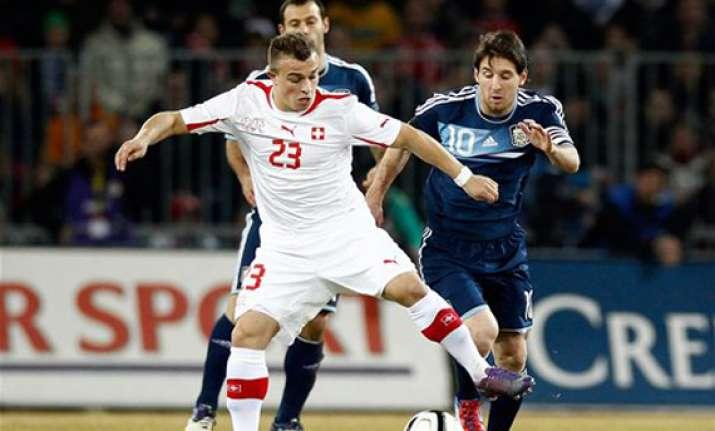 messi scores 3 argentina beat switzerland 3 1