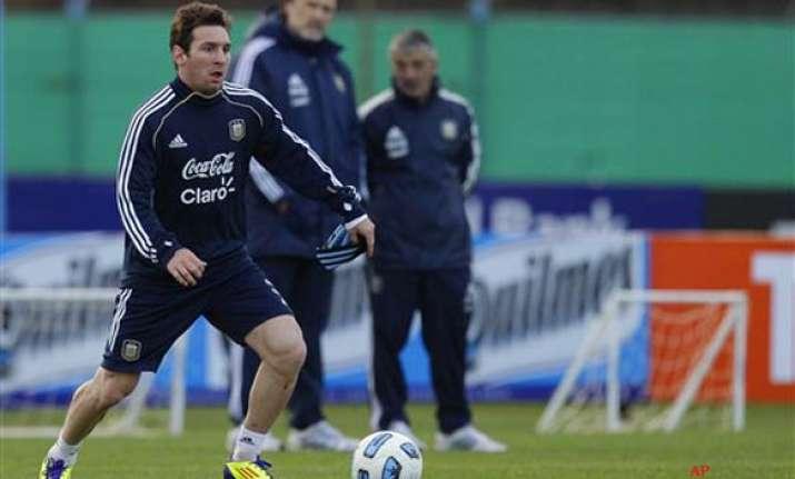 messi tevez make argentina copa america squad