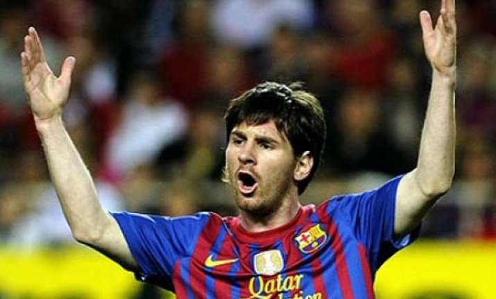 messi world s highest paid footballer