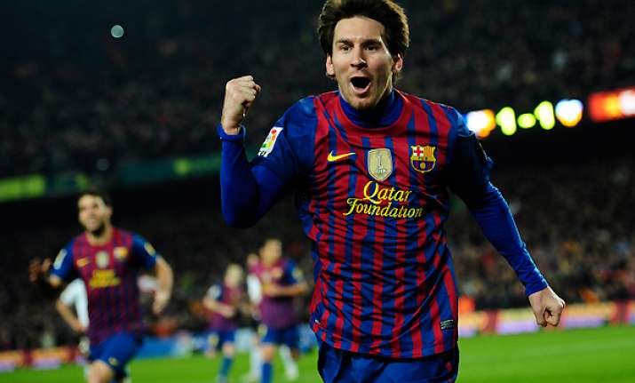 messi s 4 goals help barcelona beat valencia 5 1