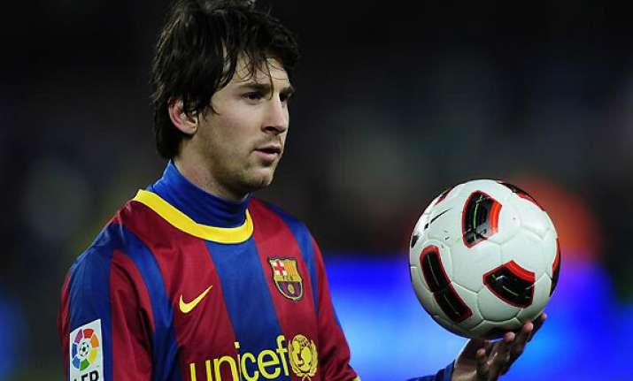 messi to play despite parenthood barcelona coach