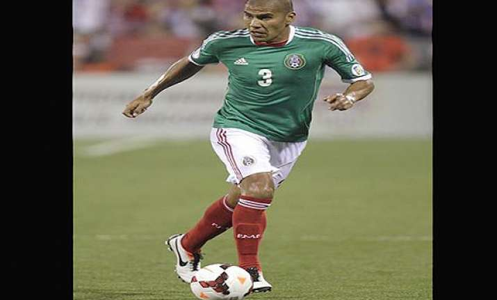 mexico names veteran defender carlos salcido to world cup