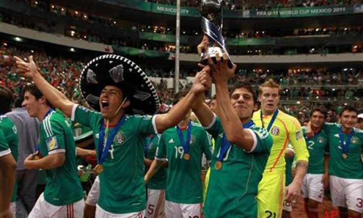 mexico beats beats uruguay to claim u 17 world cup